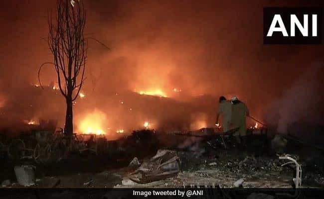 Delhi fire breaks out