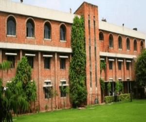 Bharati College Delhi University