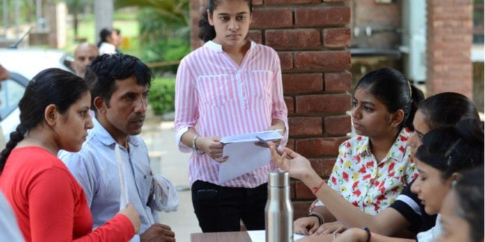 Admission in foreign language from Hansraj College