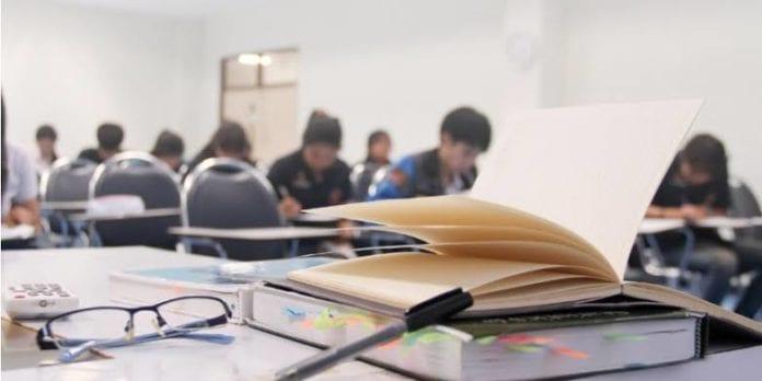 DU law students
