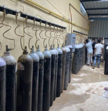 Free oxygen cylinders